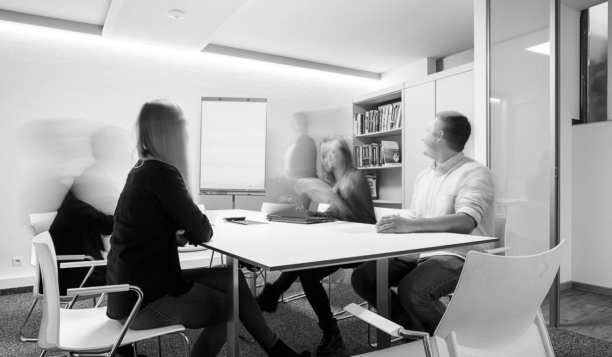 Meeting in der Digital Marketing Agentur - eMagnetix