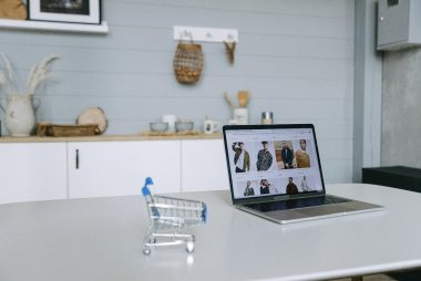 Die Geschichte des E-Commerce - eMagnetix